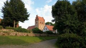 nitzow-kohlhaus-dorfkirche-20150824_185704
