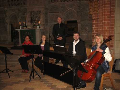 2014-Mai-Instrumentalensemble-am-Havelberger-Dom