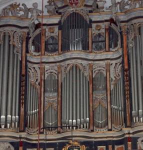 gemeindebrief-06-08-2014-orgel-stadtkirche