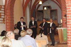 """""""Herzlich willkommen zum gemischten Konzert"""" hieß es im Paradiessaal am Dom"""