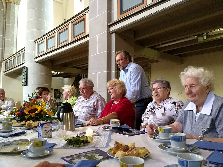 2018-11-08-stadtkirche-seniorenkaffee-dhs