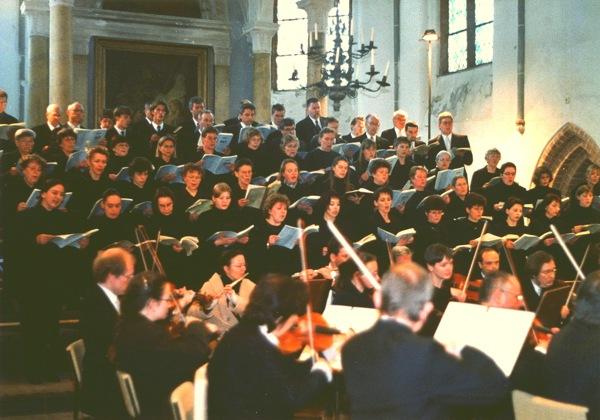 Havelberger Kantatenchor - Am 16. April 2000 wurde in der Havelberger Stadtkirche St. Laurentius die Johannespassion von Bach gesungen.