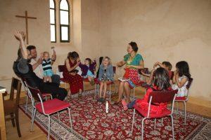 2016-05-06-stadtkirche-kindergottesdienst-gembrf-kigoteam-IMG_6211-900p