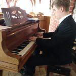 Jannes Wendt (Klavier, Orgel)