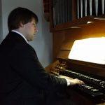 Domkantor Matthias Bensch (Klavier, Harmonium, Orgel)